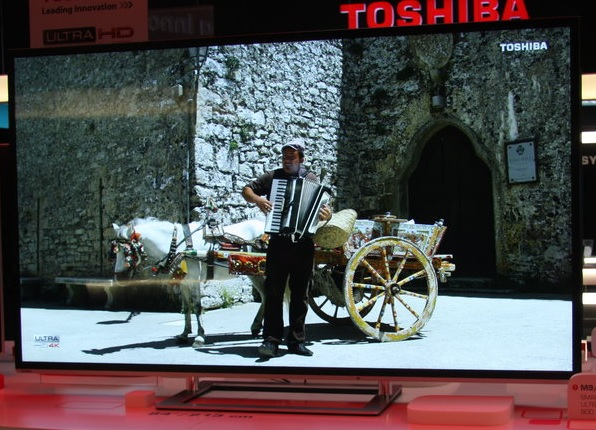 toshiba 84m9363dg f r 12999 statt 19999 84 zoll 4k ultra hd 3d led tv bei media markt. Black Bedroom Furniture Sets. Home Design Ideas