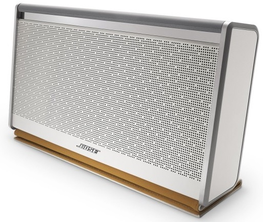Bose SoundLink Bluetooth Mobile Speaker II Limited Edition mit weißer Lederabdeckung